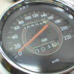 Moto Guzzi California EV メーターパネル