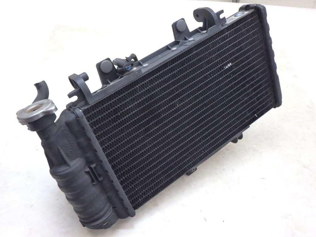 BMW F650GS ツイン ラジエーター
